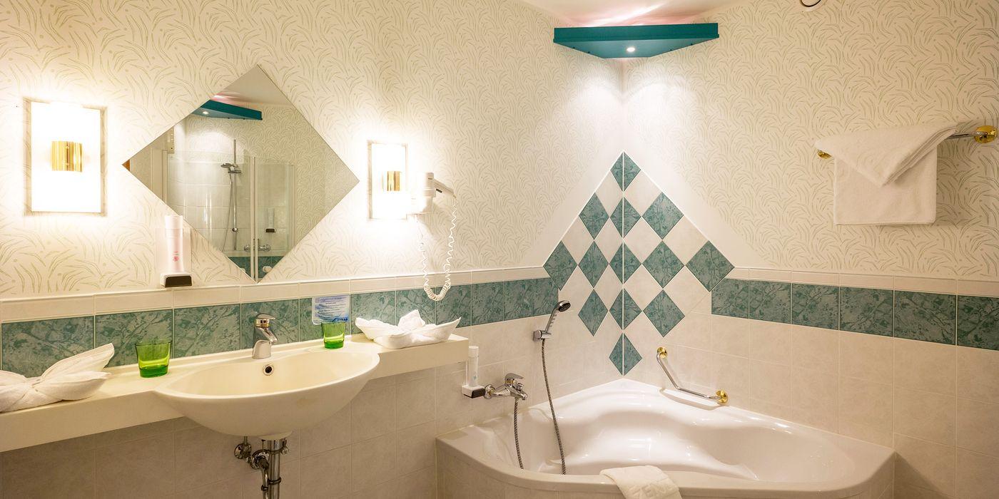 Badezimmer - Premium Suite (Zimmerbeispiel)