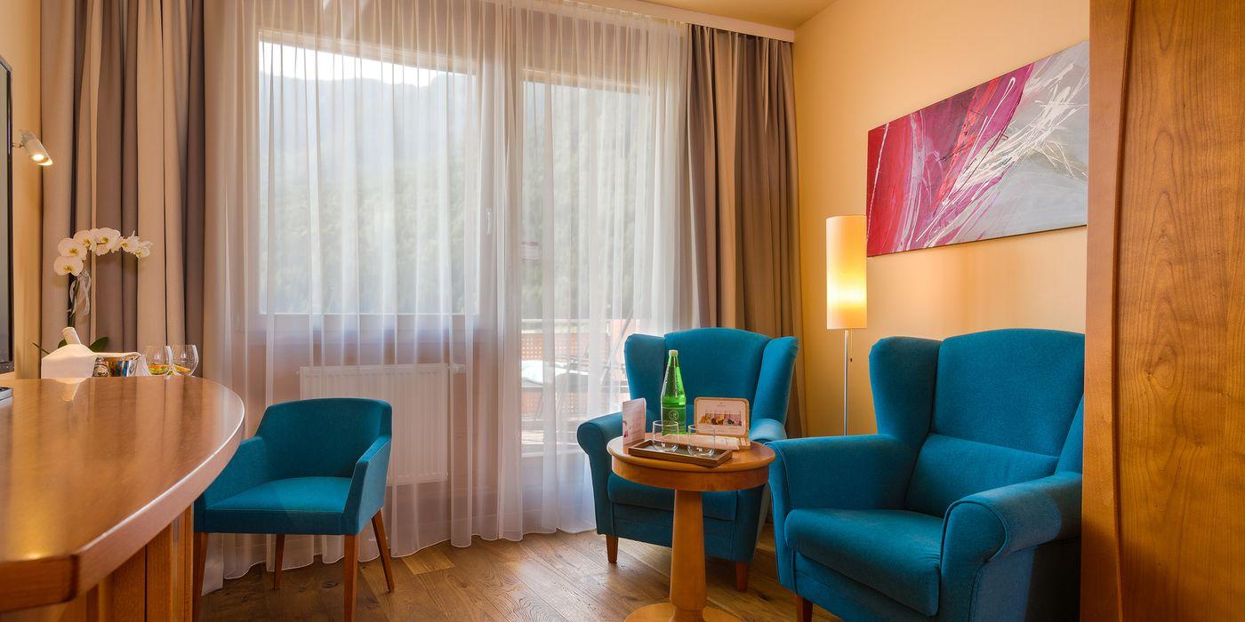 Vivea Gesundheitshotel Bad Bleiberg - Premium GOLD Doppelzimmer - Sitzecke