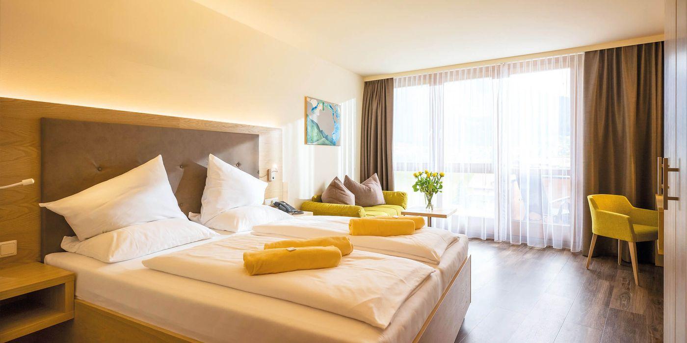 Zimmerbeispiel für ein Premium Doppelzimmer im Vivea Gesundheitshotel Bad Häring