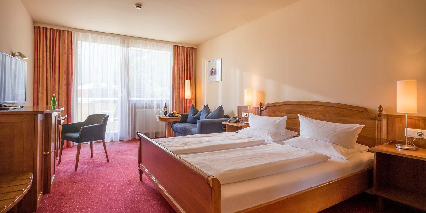 Zimmerbeispiel für ein Wohlfühl Doppelzimmer im Vivea Gesundheitshotel Bad Bleiberg
